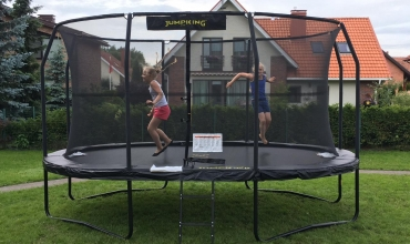 Trampoline season has started! WHY JUMPKING?